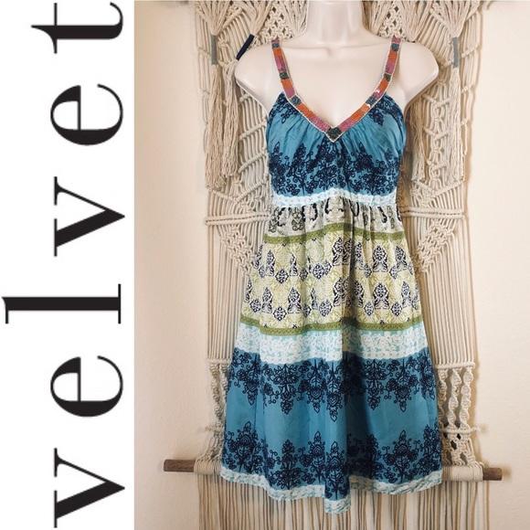 Anthropologie Dresses & Skirts - Silk & sequin dress by Velvet from Anthropologie